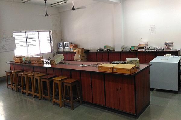 Communication Lab, ECE Department