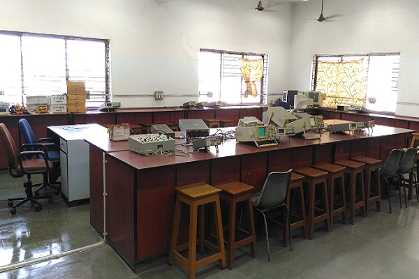 Digital Lab, ECE Department